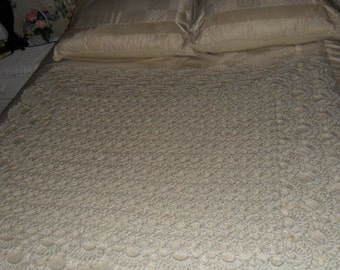 Crocheted Afghan - Blanket - Throw - Bedspread - Coverlet - Large   ''SHELLS GALORE''   in Off-white