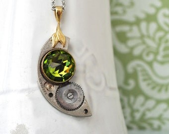 THE MOON CRESCENT, vintage steampunk pocket watch movement with emerald color vintage glass cab