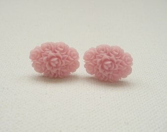 ns-Oval Pink Resin Rose Bouquet Stud Earrings