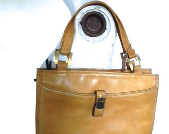 vintage. 60s Butterscotch Leather Purse