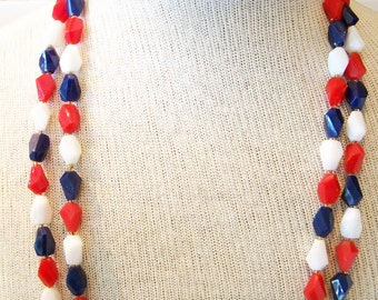 Old Glory 1960s Red White Blue Plastic Beaded Necklace Patriotic Jewelry Vintage Patriotic Jewelry