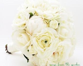 White Garden Rose Bouquet silk ranunculus | etsy