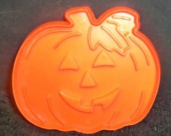 Vintage Hallmark Jack - O - Lantern Cookie Cutter ~ Smiling Pumpkin ~ Halloween Or Thanksgiving Theme ~ Mint ~ 113