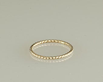 10kt solid gold twist ring, 16g thick perfect wedding band, rose gold wedding band, engagement ring