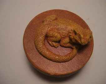 Bearded Dragon Trinket  Box round  terra cotta orange yellow finish