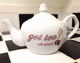 Got Tea? Ceramic Two-Cup Teapot