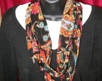 Abstract Multicolor Print Infinity Scarf - Fabric - Lightweight