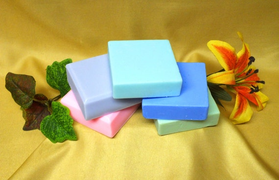 Olive Oil -Coconut Oil-Aloe 5 oz Luxurious Creamy Soap for 18.00 Free Shipping