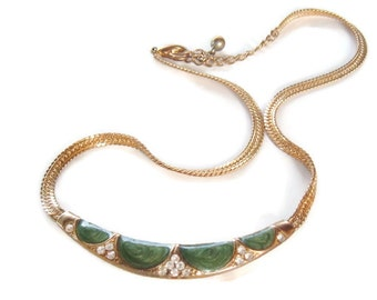 Vintage necklace green with clear rhinestones