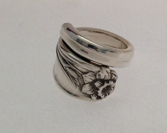 "Spoon Ring  ""Daffodil"" Wrap Around Choose Your Size"