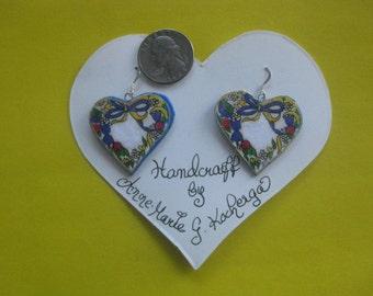 Heart shaped Paper-Mache'  Earrings w.flowers