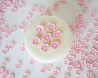 edible sugar mini flowers pink set of 120