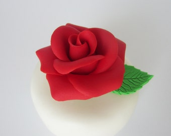 edible sugar roses red with leaves set of 3