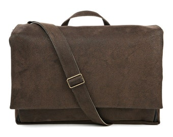 Messenger Bag, Laptop bag,Brown bag, Vegan bag,padded bag, briefcase handle -  Dundee