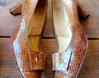 60s DI SCARLA--Made in Italy--Cobra Skin Shoes--Size 8.5