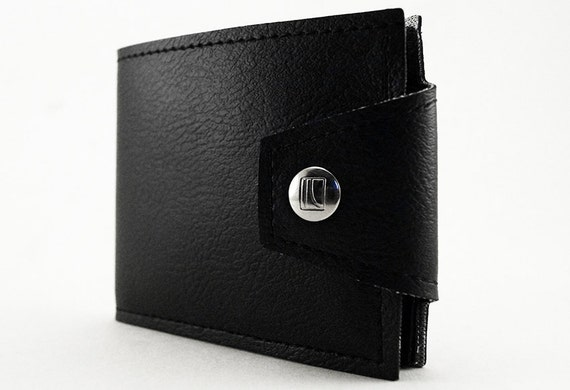 Vegan father's day gifts: Black Vegan Wallet