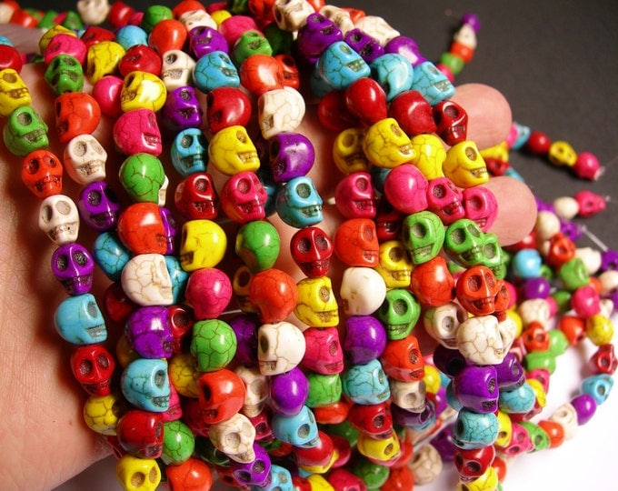 Howlite turquoise skull - multicolor  - 10mm  -1 full strand - 40 beads - THT3