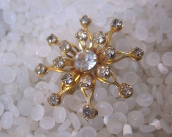 Vintage rhinestone brooch,snowflake,   gold tone clear rhinestones STUNNING