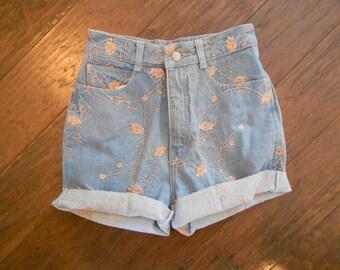 High Waisted Denim Shorts / Jordache Daisy Duke Cutoffs / Faded Cut Off Shorts / Pink Embroidery 4 6