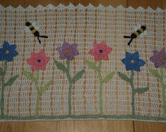 Fence with Flowers and Bees  or Sunflowers -Ladybugs Crochet Doily Pattern