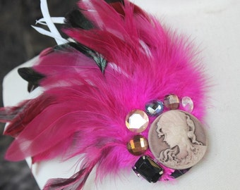 Cute  feather applique hot pink  color with cameo  1 pieces listing