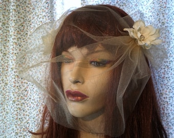 Tulle Bird Cage Veil with Cream Flowers