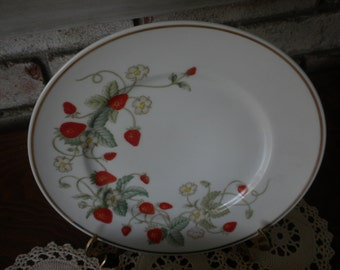 Vintage Avon Collectible Strawberry Porcelain Plate 2 Available