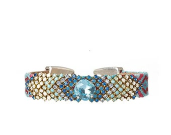 The 'Classic chevron' Swarovski crystal embroidered friendship bracelet by OOAKjewelz - blue tones