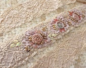 Cream/Pink Lace Belt