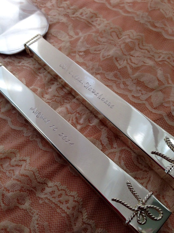 Vera Wang Wedding Cake Knife Set
