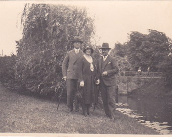 Vintage Photo - Group in Hats - Vintage Photograph - Vernacular  (O)