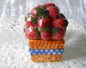 Basket of Strawberries Salt and Pepper Shakers - Vintage, Collectible, Fruit, Food