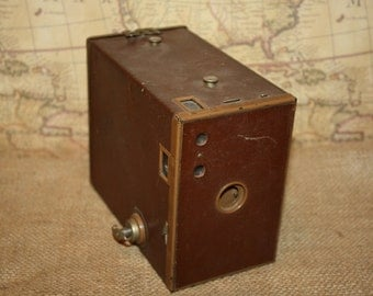Vintage Kodak No. 2A Brownie Model C Box Camera - Brown
