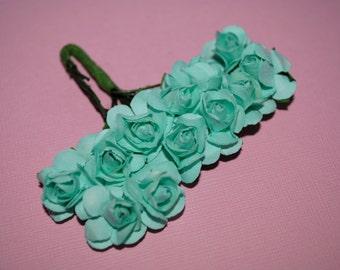 24--AQUA----Beautiful paper flowers