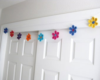 Crocheted Flower Garland-Bunting-Girls Room Decor-Colorful Flower Decoration -Flower Bunting -Crochet Bunting-Flower Garland