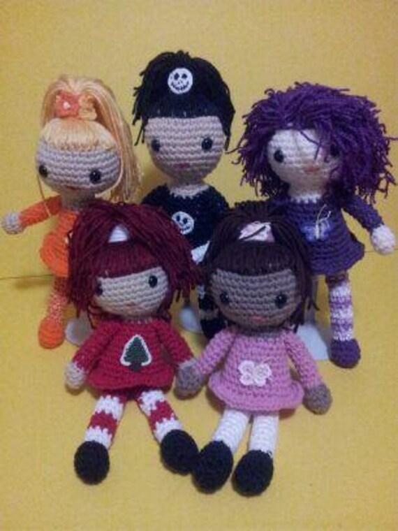Amigurumi Small Doll : Amazing Miniature Amigurumi Dolls by Cyndrya on Etsy
