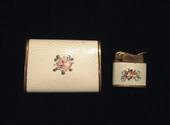 Vintage Guilloche Evans Lighter & Cigarette Case Ladies Lighter Pocket Lighter WORKING LIGHTER