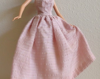 Pretty Barbie Doll Size Strapless Gown