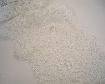 White Floral Pattern French Alencon Lace Trim--One Yard