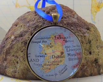 Ireland  Map Christmas Ornament,  Keep a memory Alive / HONEYMOON Gift / Wedding Map Gift / Travel Tree Ornament / Corporate gift