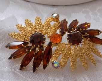 Vintage brooch, amber colored crystal floral brooch, retro 1950s brooch, elegant brooch, vintage jewelry