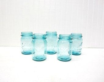 Pint Size Vintage Blue Ball Mason Jar