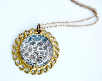 Vintage Glass Round Pendant Necklace in Brass