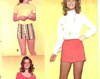 Vintage 1970s Shorts Pattern Hot Pants Uncut Waist 24 McCalls 2800