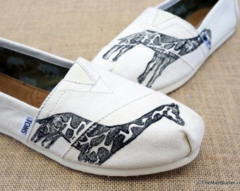 Giraffe TOMS shoes