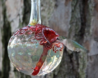 GSH- The Kennedy Style Hummingbird Feeder, The Original One Piece Drip-less Hummingbird Feeder/ Gold & Silver Hobnail