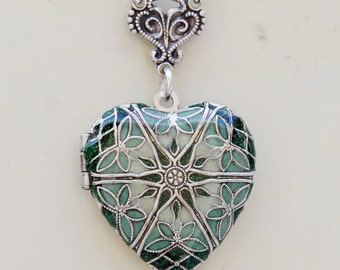 Locket, Jewelry,Pendant Necklace,Silver Heart Locket,Green White Locket,Bridal,photo locket ,vintage style,Wedding Necklace,bridesmaid,