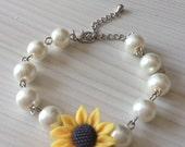 Sunflower bracelet with pearls - Sunflower pearl bracelet - Bridal bracelet - Bridesmaids jewelry - Bridal under 25