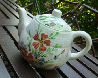 Vintage Teapot. Flowers Daisies Hand Painted. Cottage, Farmhouse Decor.