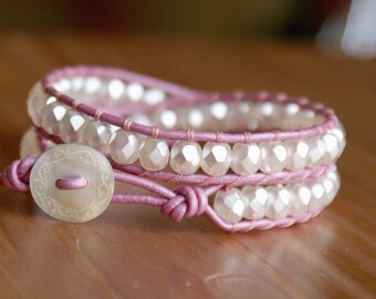 Pearl Bohemian beaded leather bracelet, double Wrap, boho, White, rose, pink, shell, bridal wedding, trendy, hipster